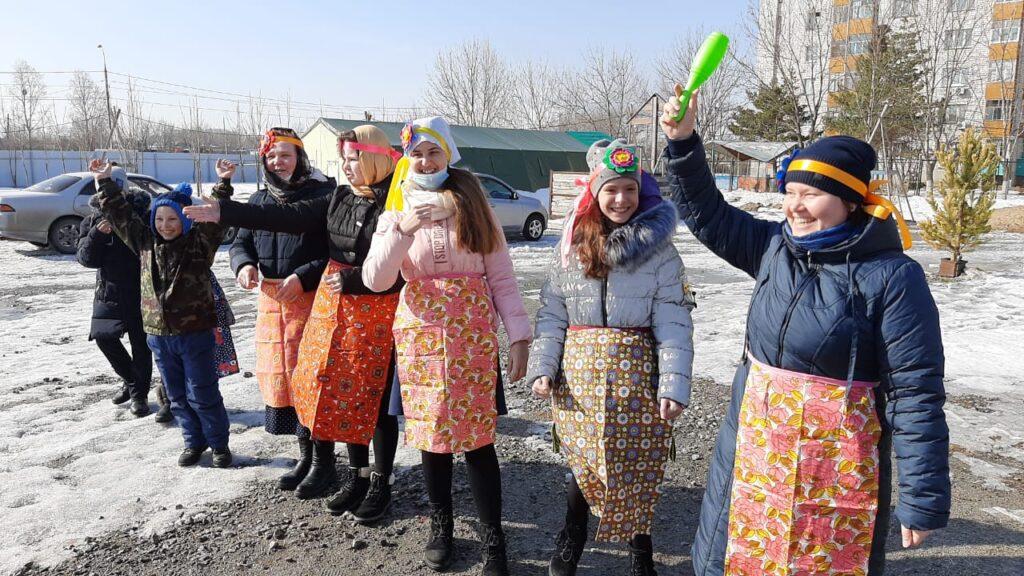 В воскресной школе состоялся праздник «Проводы Масленицы».